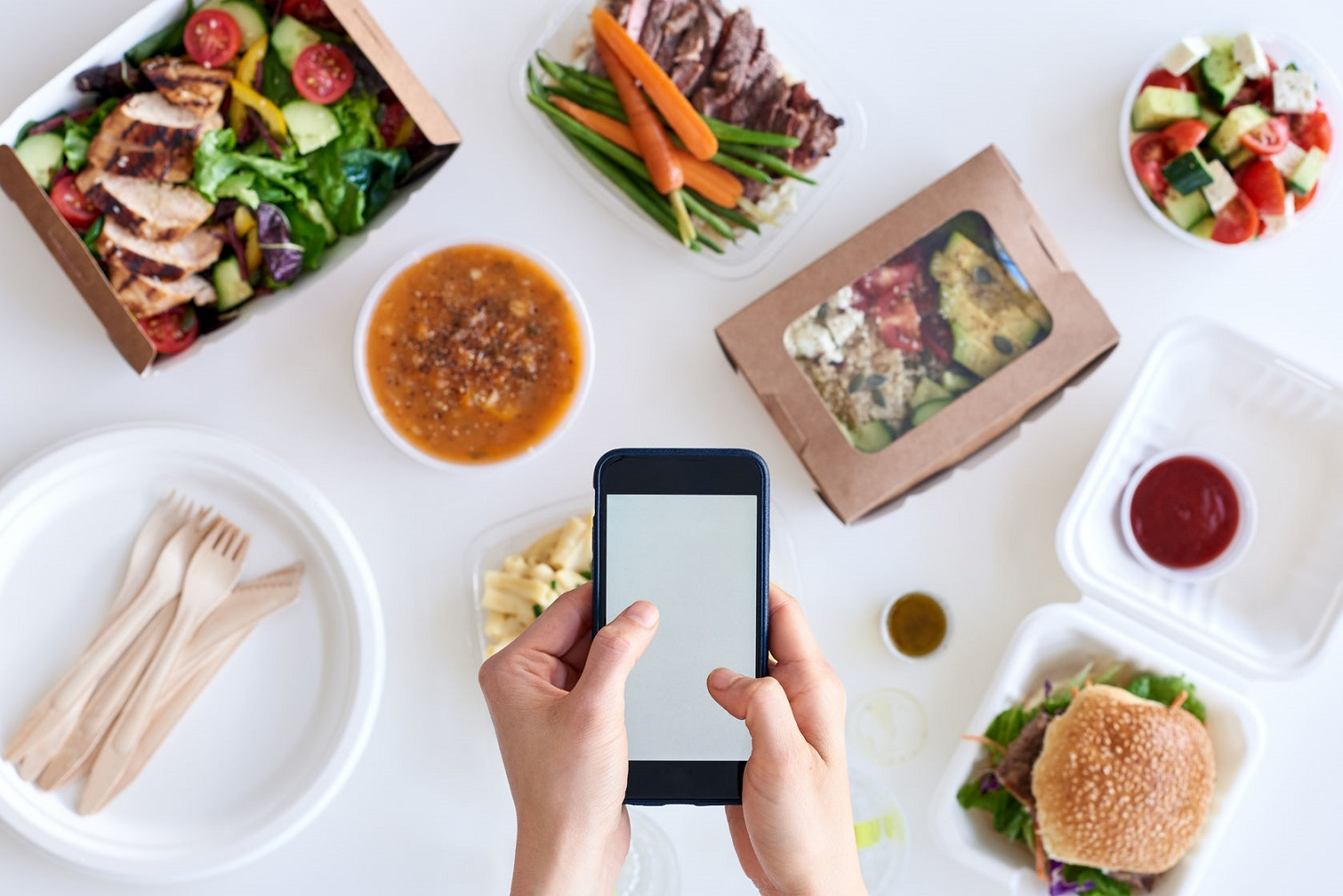 About 60 million Europeans order food delivery in online mode, - CIG review