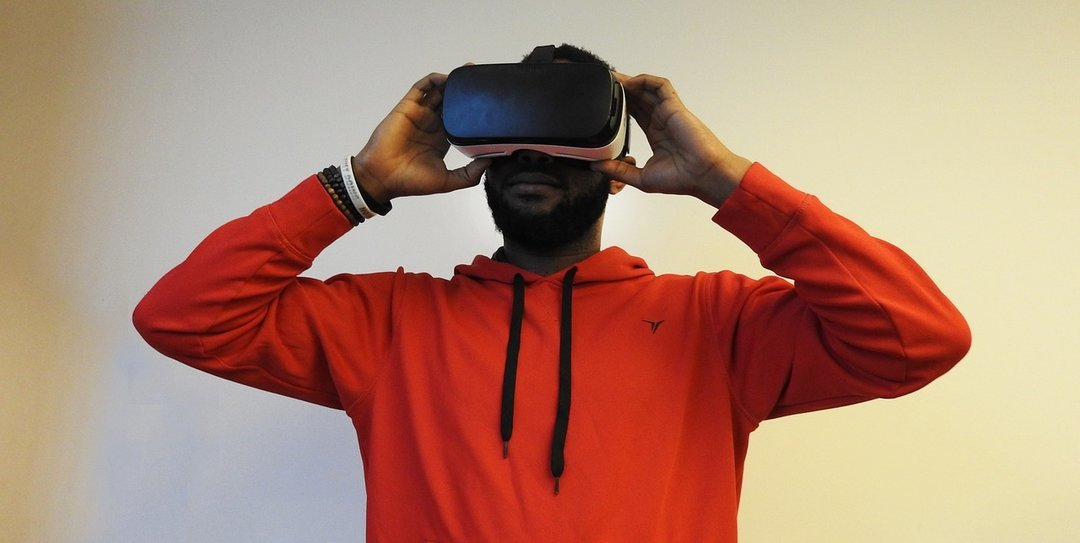 Virtual reality vs real investment